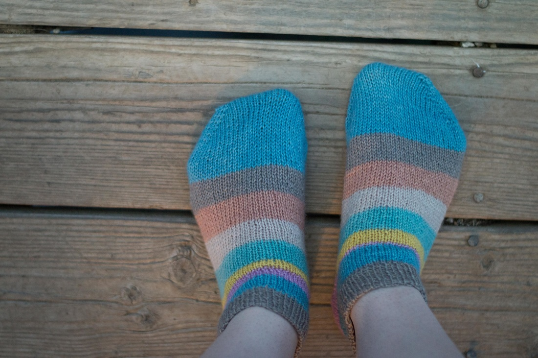 Knitting Footie Socks that Don't Slip